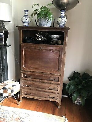 French Secretary / Tv Cabinet