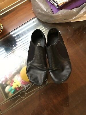 girls black jazz shoes