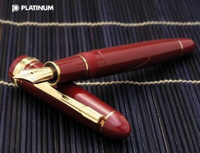 PLATINUM PRESIDENT Wine Red Body Gold Accents 18K Gold UEF Nib Fountain Pen
