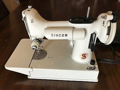 Vintage Singer Featherweight Sewing Machine 221K WHITE w/ Case And Pedal