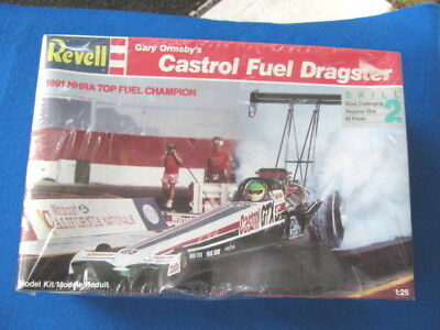Revell # 7425 CASTROL GARY ORMSBY T/F DRAGSTER 1:25 SEALED Model Car KIT
