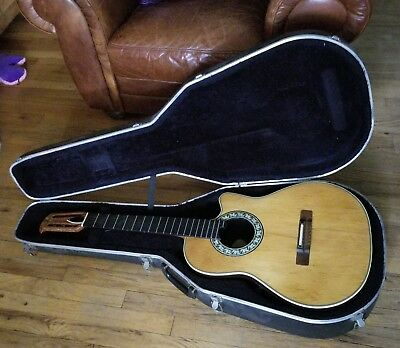 TAYLOR 320CE 2014 Acoustic Electric Guitar OHSC Case Martin Gibson ...