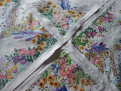 Vintage Hand Embroidered Tablecloth Beautiful Embroidery Gardens