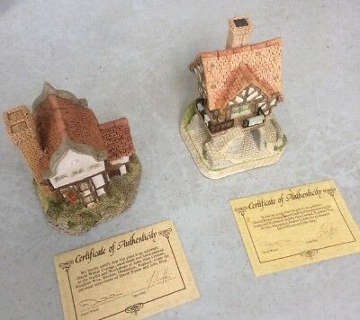 David Winter Cottages Main Collection Lot - Suffolk House & The Weavers Lodgings