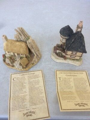 David Winter Cottages Lot of 2 Scottish Collection Crofters Cottage, Gatekeepers