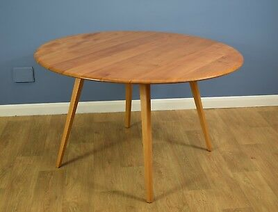 Mid Century Retro Elm and Beech Circular Dining Table by Ercol Excellent 1970s