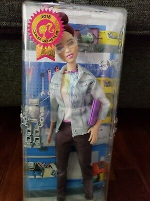 New 2018 Barbie Career of the Year Robotics Engineer Pink Doll Mattel
