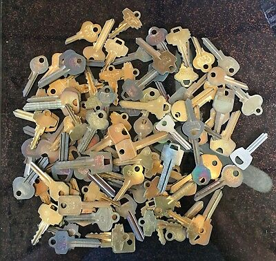 Large Lot Of Vintage Antique Key Blanks