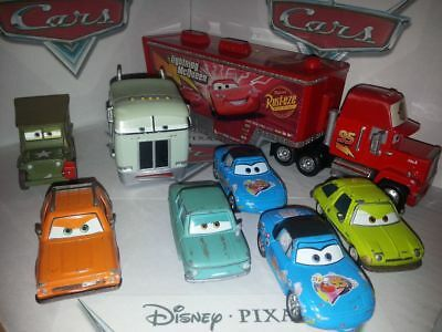 lot de voitures cars disney pixar mattel diecast metal. Black Bedroom Furniture Sets. Home Design Ideas