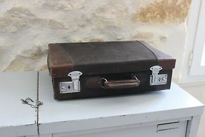 Vintage - Old suitcase travel for children - Leather and fabric + keys