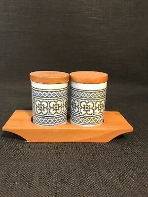 Retro Hornsea Pottery Tapestry Salt & Pepper Shakers In Wooden Stand