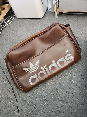 Vintage ADIDAS Sports Bag RARE Holdall Retro Weekender 70s CASUALS 775d630af0f60