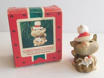 Hallmark Keepsake Ornament 1987 Christmas Cuddle * Cat * Mouse ** FREE SHIPPING
