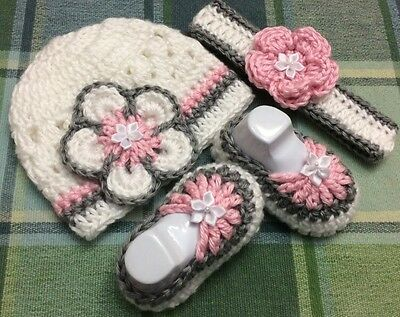 Handmade Crochet Baby girl Hat Booties NewBorn 3 months pink White Grey Shows