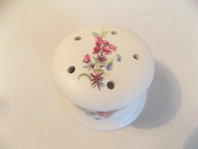 Little Stem Vase / Bowl with Lid, Axe Vale Devon Pottery, Floral Pattern