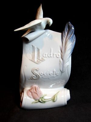 """Lladro 7677 Society Plaque Arts Brings Us Together  (6 1/2"""" Tall)"""
