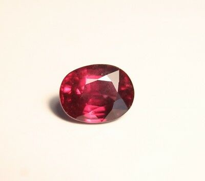 2.67ct Purple Malaya Garnet - Precision Cut Oval - Excellent Clarity & Colour