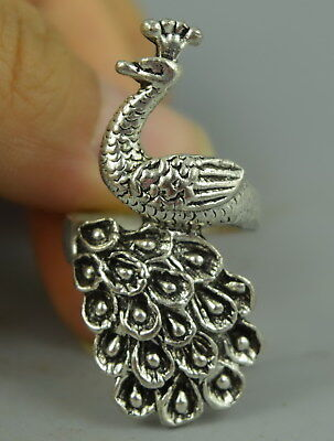 Collectible China Style Tibet Silver Carve Lifelike Peacock Woman Girl Ring Gift
