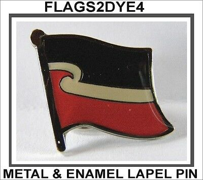 Maori flag New Zealand lapel pin badge INCLUDES AUSTRALIA POST TRACKING