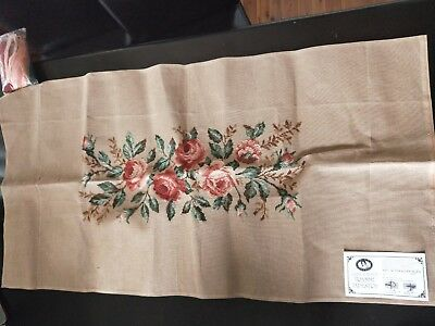 BRAND NEW QUEEN ADELAIDE Trammed TAPESTRY CANVAS & WOOL No. 2269