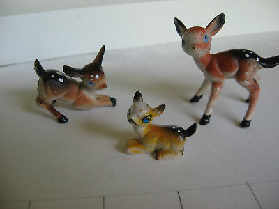Vintage family set of 3 small plastic? deer figurines Christmas craft decoration