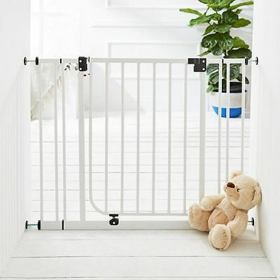 NEW Target Deluxe Safety Gate Age: 0 - 24 months
