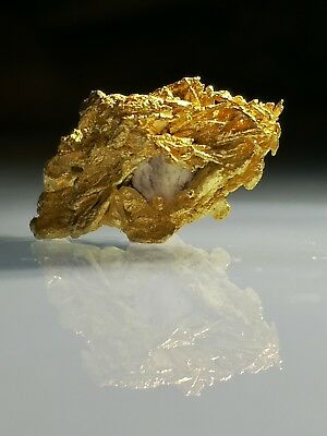 RARE Crystalline AUSTRALIAN GOLD NUGGET 4.21g specimen RARE Crystalized INVEST!
