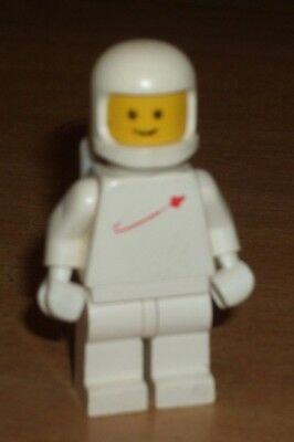 LEGO FIGURE  *** WHITE SPACEMAN//ASTRONAUT FIGURE *** COMPLETE WITH TANK