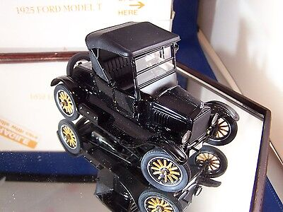 Danbury Mint 1925 Ford Model T 1-24 Mint  Box & Boot & Top No Papers