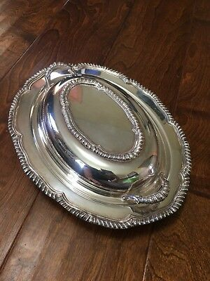 VINTAGE Silver plated 2 pc Oval Covered Serving Dishes Platter w/ handles on lid