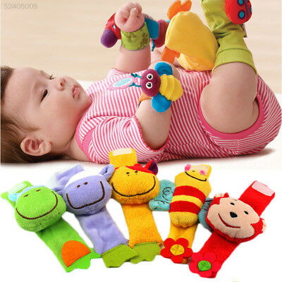 5D8C Random Animal Baby Hand Wrist Rattle And Foot Sock Soft Children Supplies