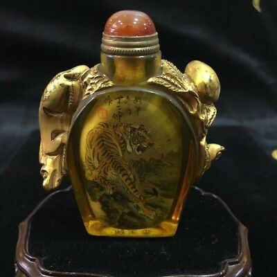 handwork Vintage coloured glaze tiger rare old carve gold yellow Snuff Bottle
