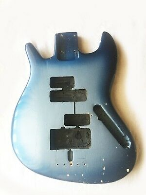 Original Vintage 1972 Fender Jazz Bass Body. Made in USA. Great Project !