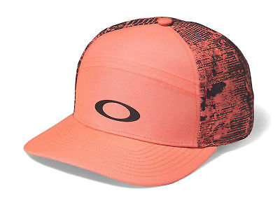 OAKLEY Shade Me Strapback Cap Adult One Size Bright Pink Graphite Training Hat
