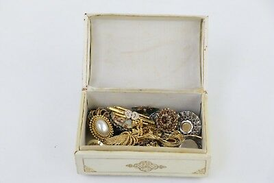Job Lot 25 MYSTERY VINTAGE BROOCHES Lucky Dip Surprise Collection