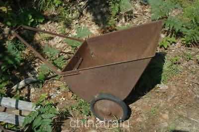 Vintage Antique Masters Metal Handicart Garden Lawn Cart Wheelbarrow