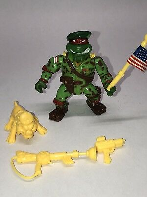 GREEN BERET RAPHAEL Teenage Mutant Ninja Turtles TMNT Military 100% Complete