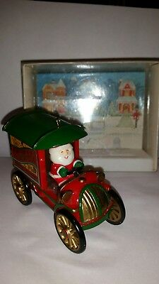 1981 Hallmark S.Claus & CO. Roof top deliveries Christmas tree Ornament