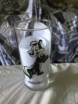 Looney Tunes Drinking Glasses 6' Tall 16oz Tumbler 1994 Pepe Le Pew