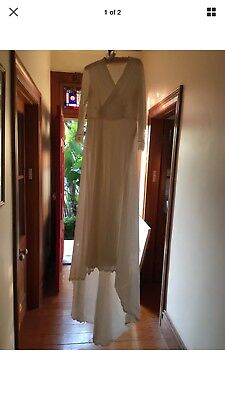 Vintage Wedding Dress - 1970's - Size Medium (10-12)