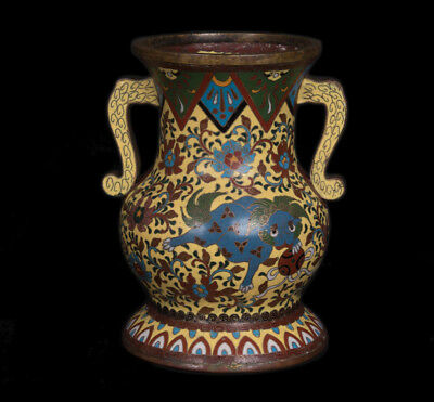 China 19./20. Jh. Emaille - A Chinese Cloisonne Enamel Baluster Vase - Chinoise
