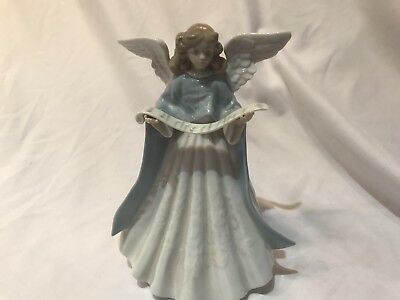 """Lladro--""""Angel Navidad Cantante""""--Statue And Tree Topper"""