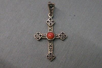 Beautiful Vintage Sterling Silver Cross Pendant With Red Coral Stone. (#2608)