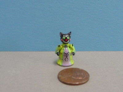 Adorable 1:12 Scale Miniature Karen Markland Green Kitty With Moving Arms