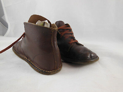 """VINTAGE BABY TODDLER TIE SHOES BROWN LEATHER NICE Condition 5 1/4"""" long"""
