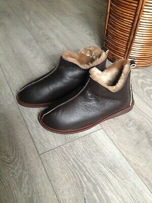 Hand crafted Mens Women's Genuine Sheepskin Boots Slippers 100% natural Fur