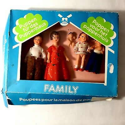 Ari Konigseer Puppen Vintage 1970's Dolls House Family Rubber Set from Germany