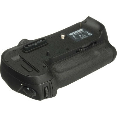 Nikon MB-D12 Multi-Power Battery Grip