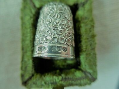 antique solid silver thimble. Made in Birmingham. circa 1890's (with box)