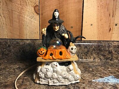 """Vintage 1991 """"Samantha the Witch"""" Light Up Figurine by Prettique Designs, Inc"""